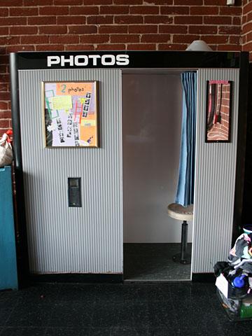 Photobooth.net | Photobooth Location : The Motley ...