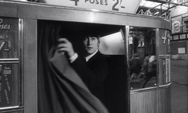 Photobooth Net Photobooths In Movies A Hard Day S Night
